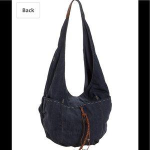 Lucky Brand Bags - Lucky Brand west coast sling Hobo Bag